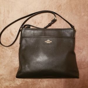 Coach File Pebble Leather Crossbody (Preowned)